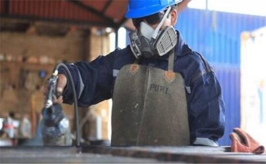 Diseño, fabricación y montaje de estructuras metálicas - Hurteco