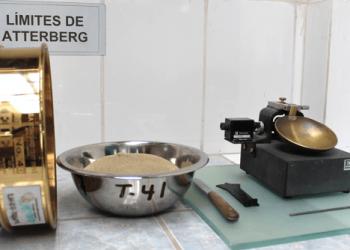 EQUIPO VERIFICADO PARA EJECUCIÓN DE ENSAYO DE LÍMITES DE ATTERBERG – ASTM D 4318